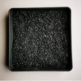 Juoda blizgi skalda 1-3 mm, 20kg